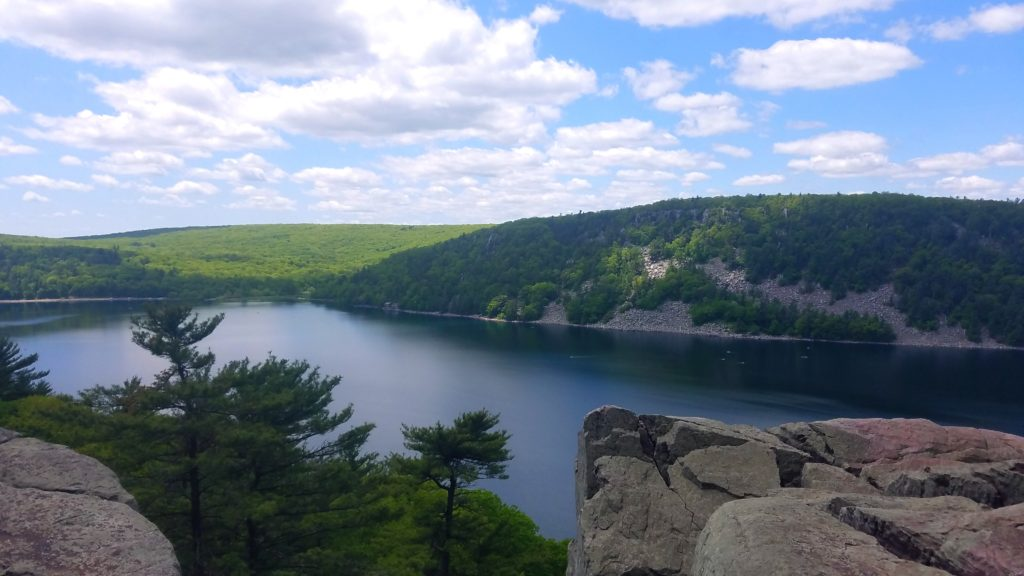 Devil's Lake from the cliffs of the East Bluffs Trail
